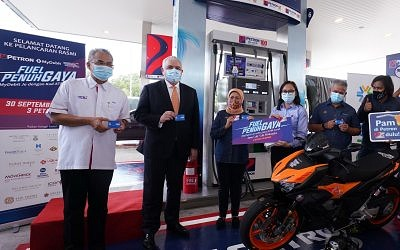 """Paynet, Petron and Tourism Malaysia Jointly Launch  """"Fuel Penuh Gaya – MyDebit Je with your ATM Card!"""""""